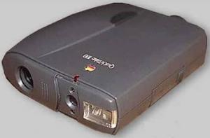 První komerční digitální fotoaparát Apple Quick Take 100 z roku 1994.