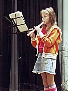 Vystoupení před veřejností mají slavnostní atmosféru a jsou velkou motivací pro cvičící děti