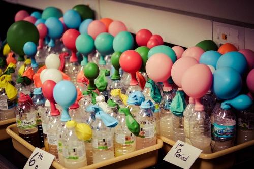 Nafukování balónků kvasinkami, J. Peterson