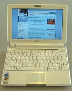 Asus Eee PC1000HD v plné kráse