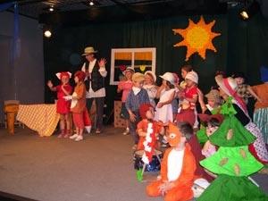 Dramatizace zhudebněné pohádky O Budulínkovi v divadle NOVANTA v Debři nad Jizerou
