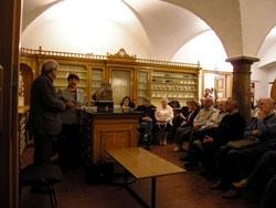 Beseda s Petrem Horou-Hořejšem (Lékárna)
