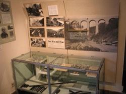 Expozice ze stavby železnice