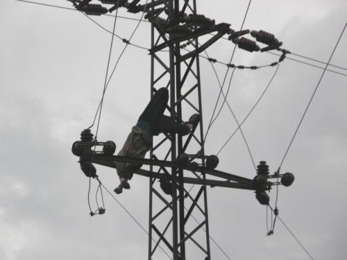 Zlodej elektrickych vodicu