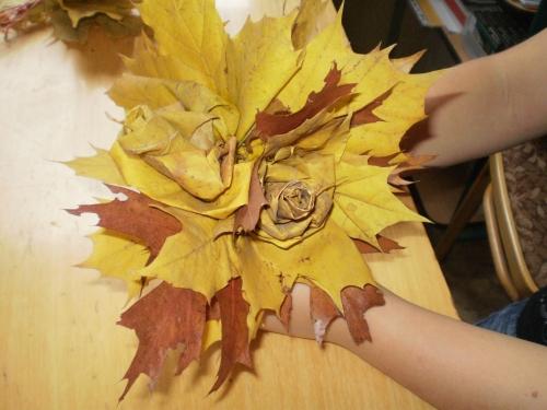 Kytice z javorového listí